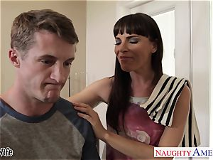 hotty housewife Dana DeArmond gets facialized in point of view