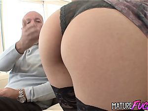 ideal Latina nubile Nicole Ferrera Gets insatiable with an aged boy
