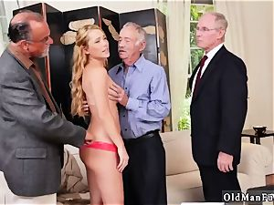 South ample tits Frannkie And The group Tag crew A Door To Door Saleswoman