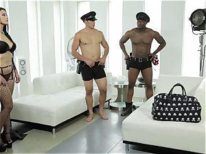 Katrina Jade gets a multiracial cunny packing three way