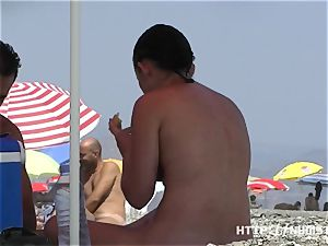 naturist vid at the nude beach