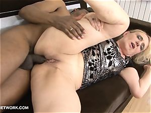 granny ass fucking boink Wants ebony spear In donk multiracial