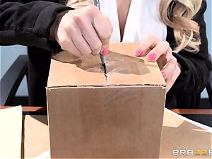 uber-sexy office babe Alix Lynx takes a 2nd helping