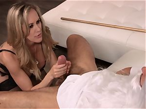 Brandi love ravages a fellow in stylish sundress
