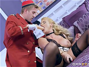 Real nasty cougar Phoenix Marie gets deep service in hotel room