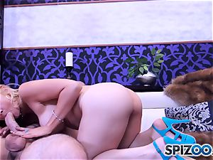 Sarah Vandella blowing and drilling a phat trouser snake