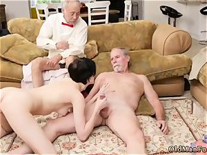 aged boy jizzes in nubile and catch wank off Frannkie goes down the Hersey highway