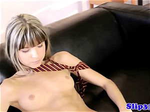 brit babe brings herself to climax